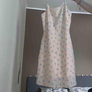 Jätte söt sommar klänning