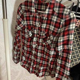 Skjorta från h&m! +frakt
