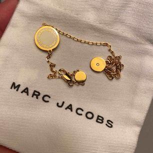 Armband från Marc Jacobs i guldfärg