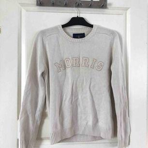 Äkta Morris tröja i fint skick, skickas spårbart med postnord, frakten blir 63 kr