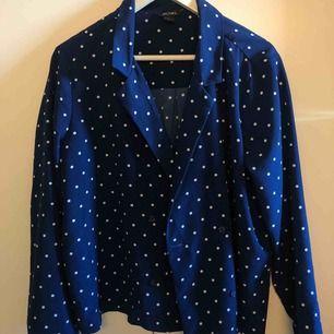 Blus/skjorta