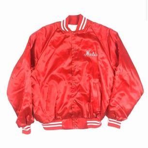 Riktig snygg Varsity jacket från 80 talet   Säljer pga att den ej används längre