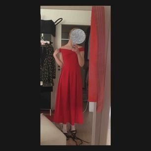 Prom dress/formal wear in red. Bought from Yesstyle. Fits really nicely and has soft texture. Never worn (apart from this photo) shipping costs not included.