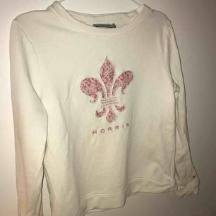 Sweatshirt från Morris lady, endast använd fåtal gånger så den är i fint skick. Fraktar eller möts upp i stockholm