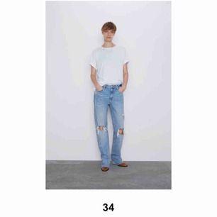 Populära jeans från Zara. Storlek 34. Knappt använda,
