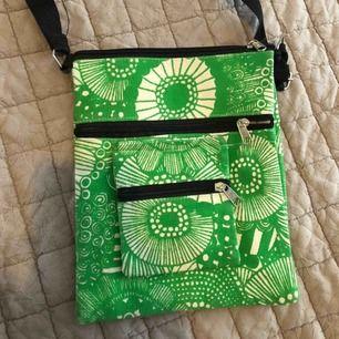 Fin handgjord väska
