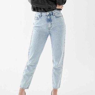 Superfina MOM jeans från Gina! Knappt använda och i fint skick🖤🖤
