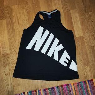 Nike linne storlek S