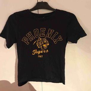 Skön T-shirt  57kr inkl frakten