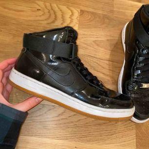 Skor från Nike! Säljes då de är för små🦋