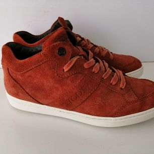 Excellent condition, authentic, size 35, insole 23cm, write me for more info