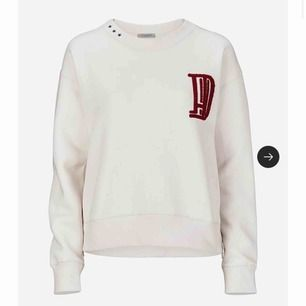 Jätte fin sweatshirt från Hunkdory, köpt för 1300 kr🙏🏻 storlek S