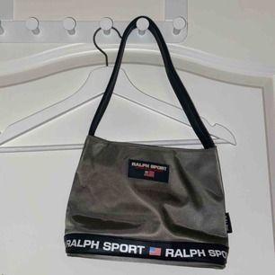 Asnajs Shoulder bag från Ralph sport