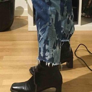 Intressekoll på dessa custom made jeans!