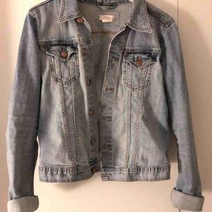Jeans jacka H&M stl 40