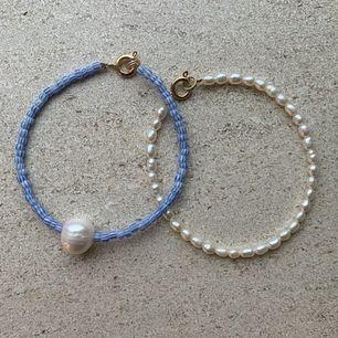 Säljer jättefina handgjorda smycken. Kontakta mig för egen beställning🌸