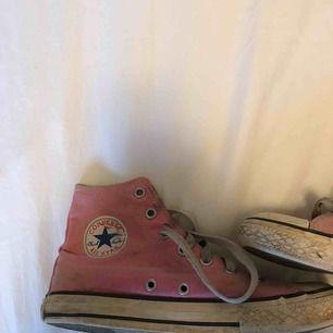Mina rosa Converse aldrig tvättade super söta