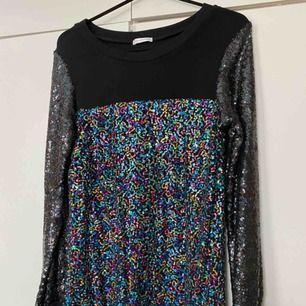 Ida Sjöstedt klänning. Använd endast en gång eller två