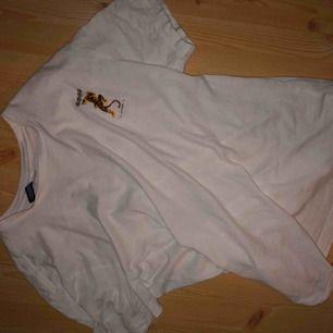 Jätte cool tröja med jätte cool rygg från H&M men! 🍒
