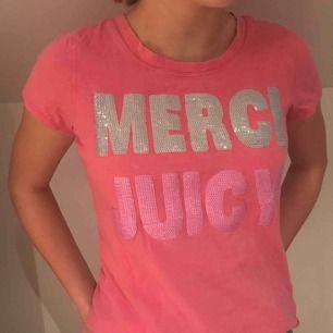 Juicy tröja, mycket fin men väl använd