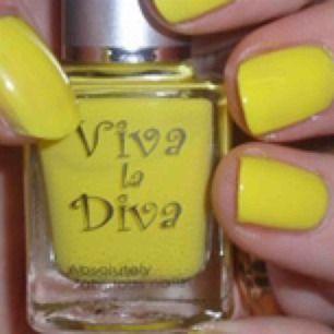 Viva La Diva no 51, nytt nagellack, 9 ML  Se gärna mina andra nagellack här på Plick.   Jag samfraktar & skickar spårbart mot förskottsbetalning med swish. Fraktpriser: 250 g: 49 kr; 500 g 55 kr; 1 kg 66 kr.