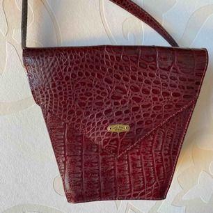 Burgundy vintage style bag