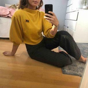 Superfin gul tröja säljes pga kommer tyvärr inte till användning :( 🌼🌼70kr + frakt!🌼🌼