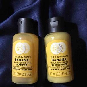 Bananshampoo- och balsam, små flaskor. Helt oanvända och oöppnade. Säljs för 30:- styck eller 50:- för båda🙏🏻