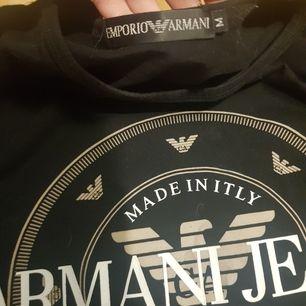 Tshirt knappt använd som ny!  Storlek m. Finns i Rotebro.  Eller köpare betalar frakten.:)