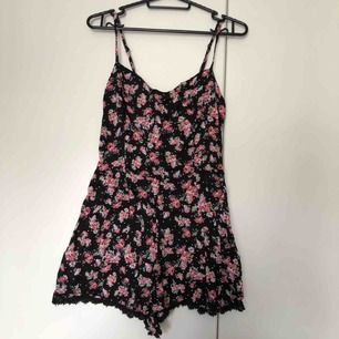 Floral playsuit from Bershka NEVER USED