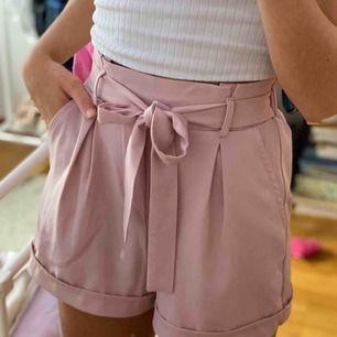 skit snygga shorts från Tally weijl, aldrig använda. frakt till kommer!