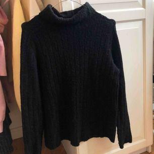 Svart stickad tröja från JACQUELINE de YONG i storlek XS💜 köparen står för frakten☺️