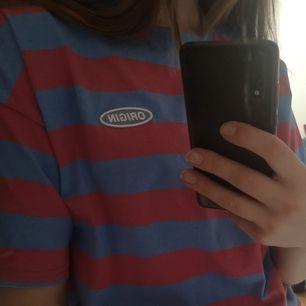 Nästan oanvänd t-shirt i str S/M:))