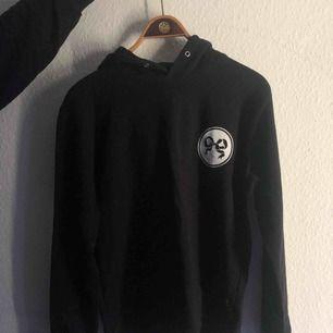Soulland hoodie, shippas till Sverige från Danmark för 59 kr💋