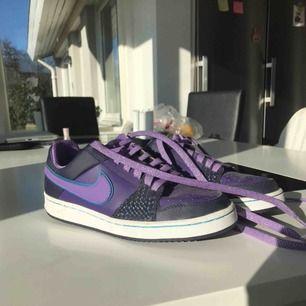 Nike sneakers strl 36  Fint skick  Frakt 100 kr