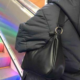 Don Donna väska, använd med bra skick! Original pris 500kr 💞💖