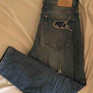 Hm jeans i bra passform. Priset kan diskuteras!
