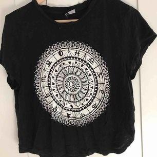Så fin t-shirt från h&m i storlek s.