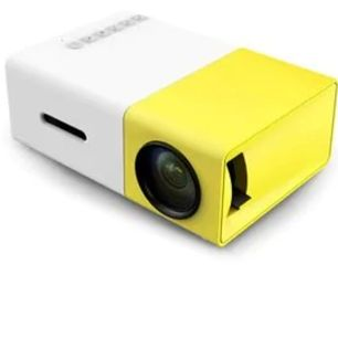 mini projektor + sladd så man kan koppla sin mobil, (sladden funkar till alla mobiler) projektorn köpte jag för 1300 och sladden för 300, säljer för 700 och ni står för frakten. 🥺