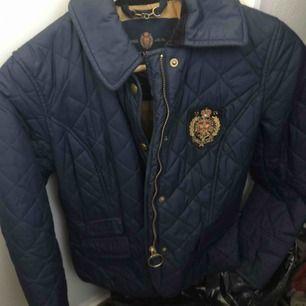 Vår jacka från Morris, inköpt för 3000kr. Sparsamt använd.