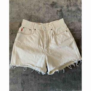 Skitsnygga vintage shorts 🌟 frakt tillkommer  Höga i midjan