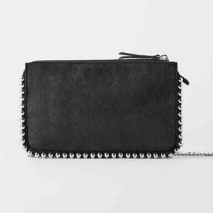 Liten svart väska från Zara❤️
