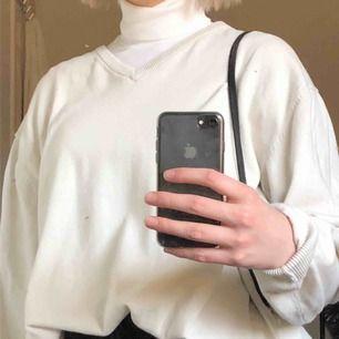 beige/vit tröja!