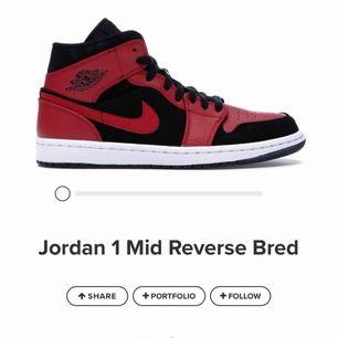 Helt nya Jordan 1s mids. Inga creases eller något. Lägg gärna ett bud i kommentarerna🥰  (andra annonsen blev det strul med)