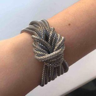 Coolt armband i metal💖💖