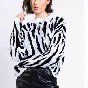 Stickad tröja Madlady Storlek S, endast använd ett fåtal gånger