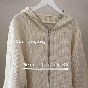 our legacy kofta i HERR-storlek 48. Använd ca 2ggr (testad)
