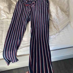 Söker ett par mjuka kostym byxor från new yorker, då dom passar ej.