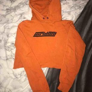 Fin orange hoodie!❤️