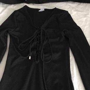 Ginatricot klänning